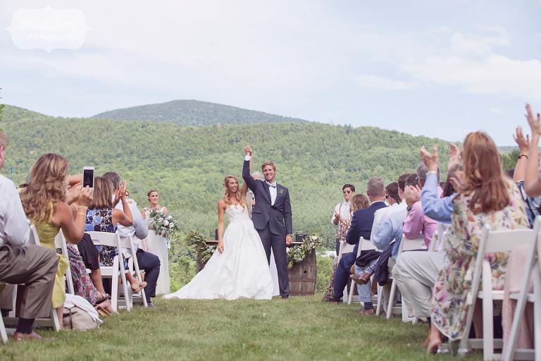 Summer-Wedding-1824-House-VT-20