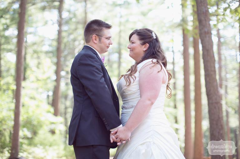 woodsy-camp-wedding-ma-02