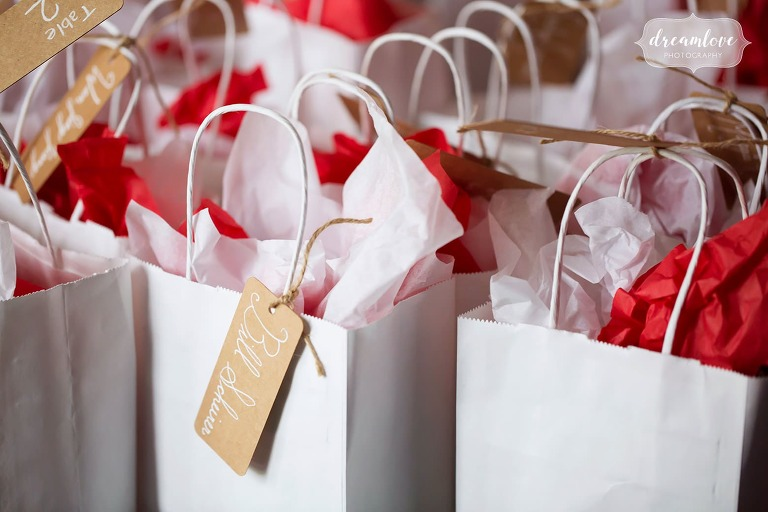 Simple wedding gift bags at this Catskills wedding in the mountains.