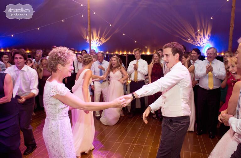 stowe-vt-rustic-wedding-76