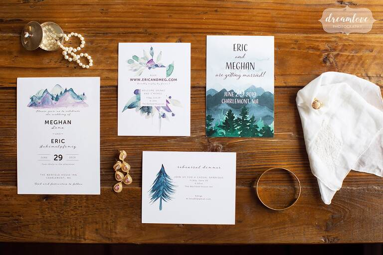 Blue watercolor nature wedding invitations for rustic wedding.