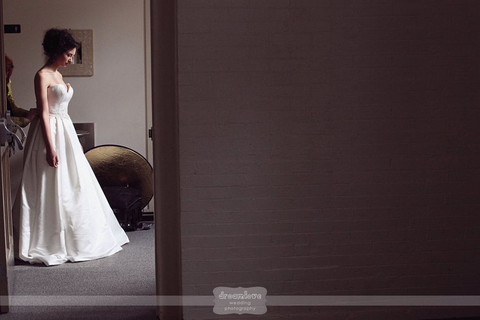 elm bank ma vintage wedding photography 03 Vintage Wedding Photography   Elm Bank, MA   Anthropologie Styled Shoot