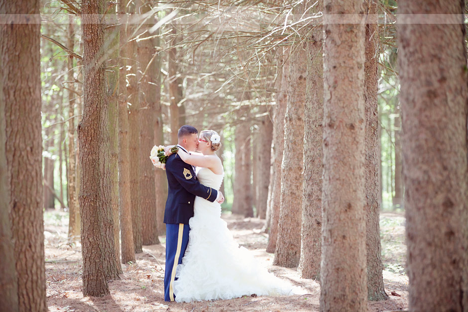 Rustic DIY Wedding Photography at Whispering Pines in ...