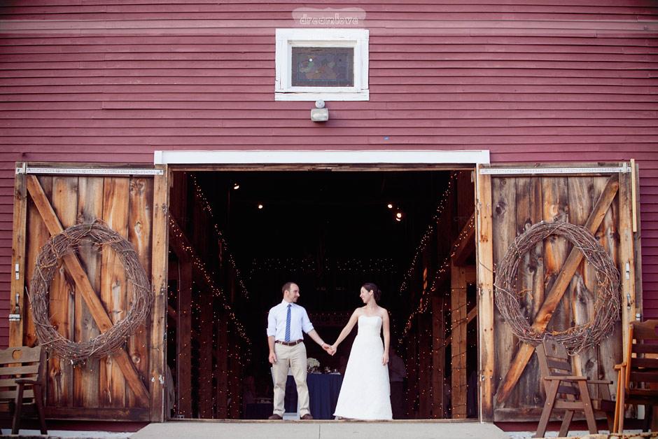 Brooksby Smith Barn Rustic Wedding - Peabody & Amherst MA ...