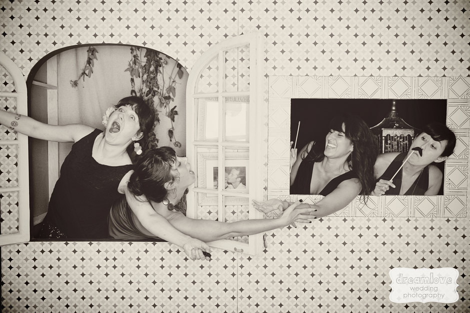 Vintage DIY Background Wedding Photo Booth Pictures