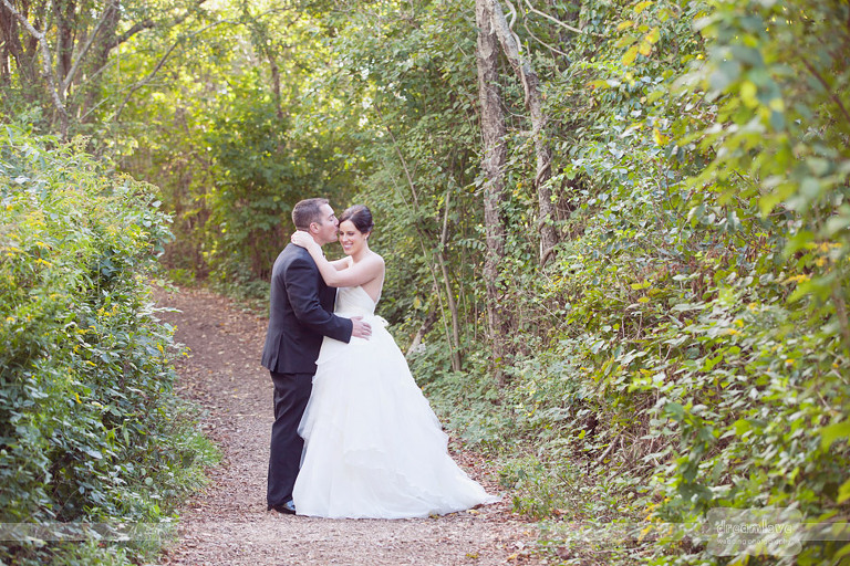 castle-hill-natural-wedding-photography-020