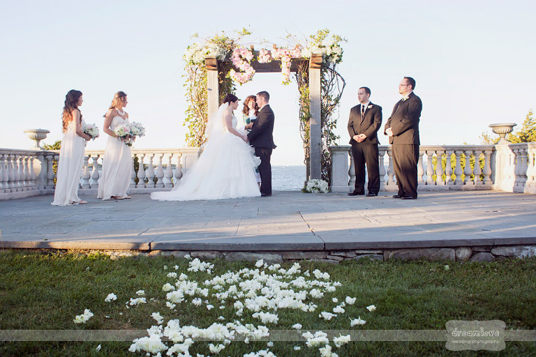 castle-hill-natural-wedding-photography-044