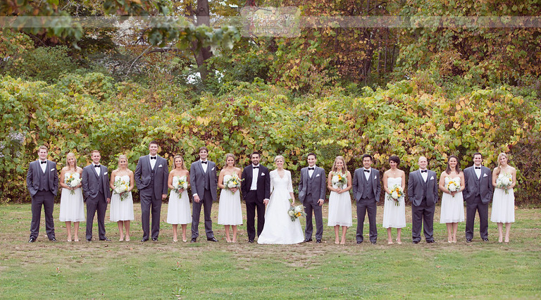 outdoor-backyard-wedding-photography-030