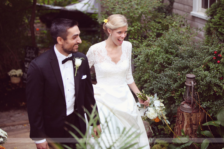 outdoor-backyard-wedding-photography-079