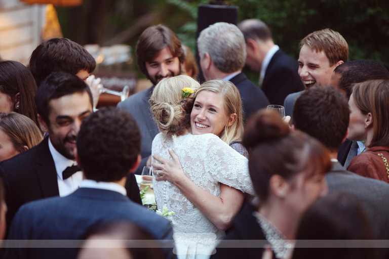outdoor-backyard-wedding-photography-082