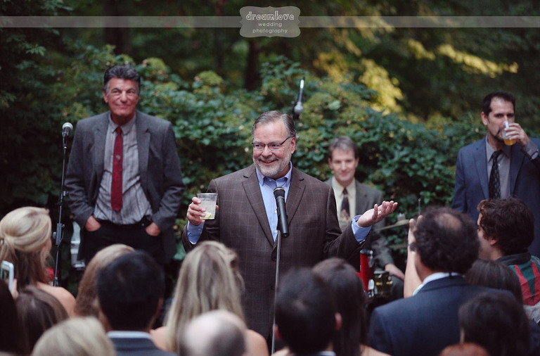 outdoor-backyard-wedding-photography-087