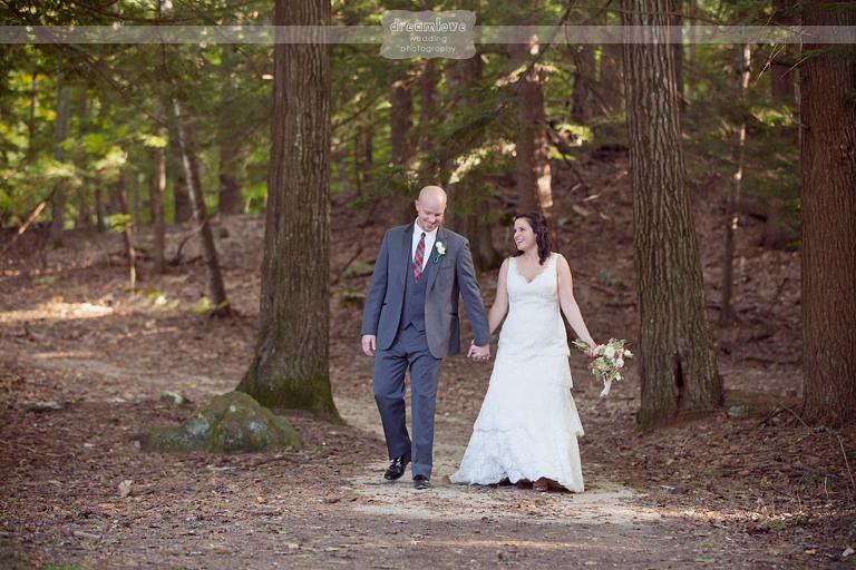 woodbound-inn-nh-wedding-28