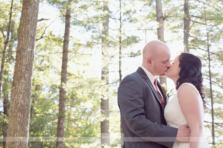woodbound-inn-nh-wedding-38