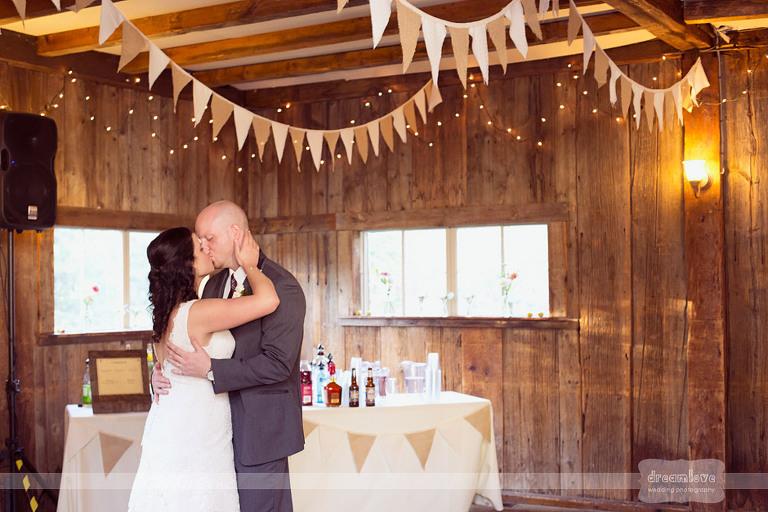 woodbound-inn-nh-wedding-65