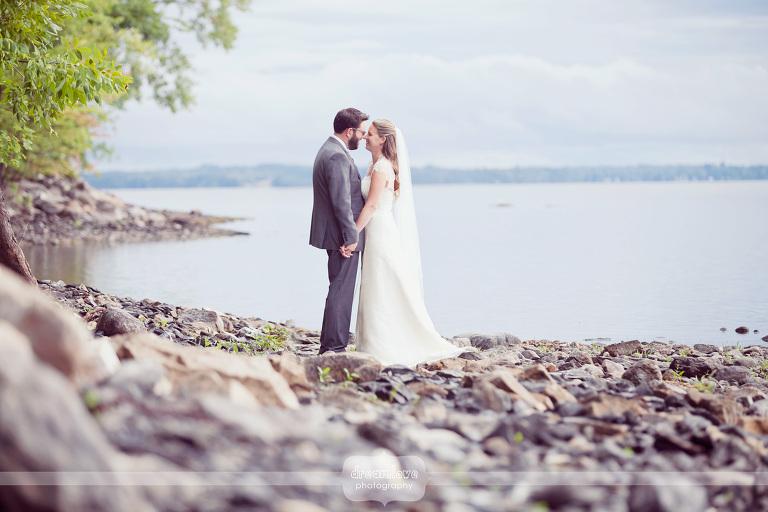 grand-isle-vt-wedding-lake