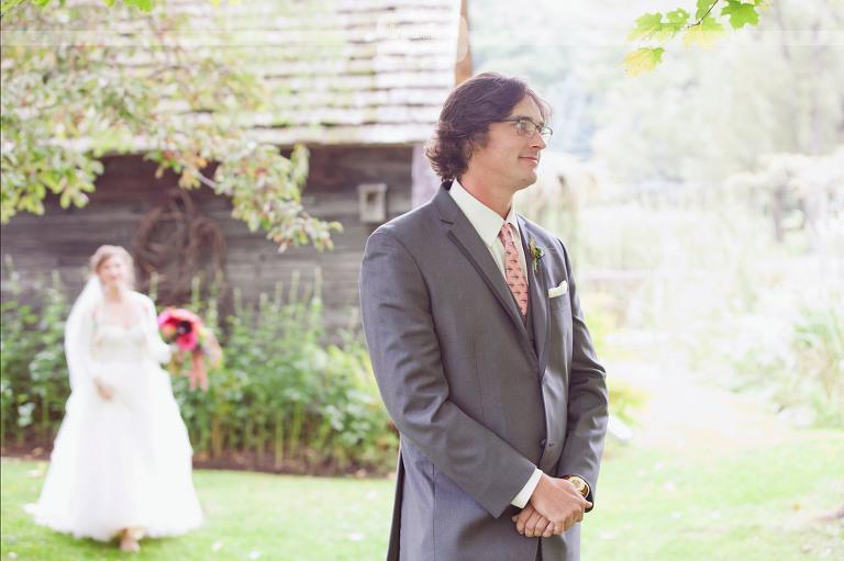 round-barn-vt-wedding-photos-08
