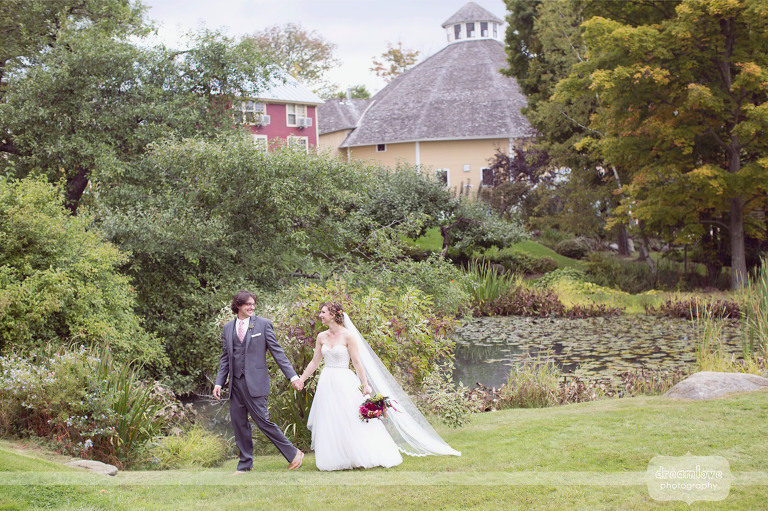 round-barn-vt-wedding-photos-14