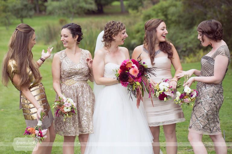 round-barn-vt-wedding-photos-22