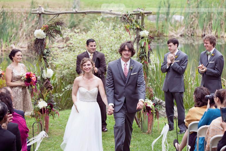 round-barn-vt-wedding-photos-38