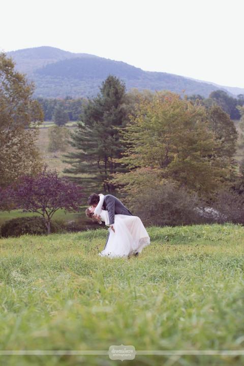 round-barn-vt-wedding-photos-48