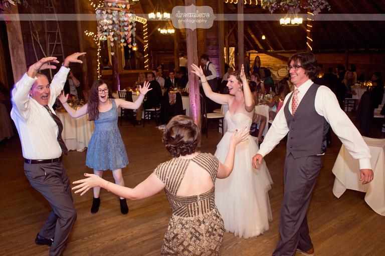 round-barn-vt-wedding-photos-61