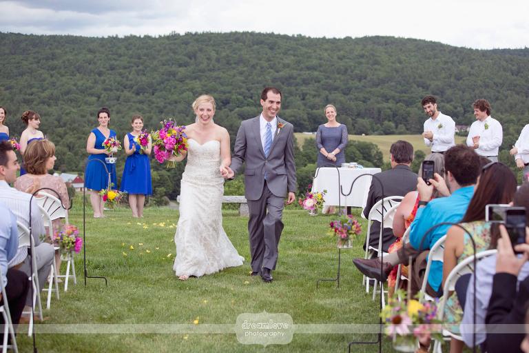 alysons-orchard-nh-wedding-33