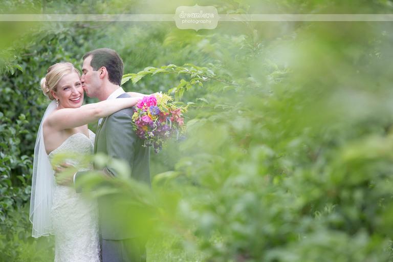 alysons-orchard-nh-wedding-37