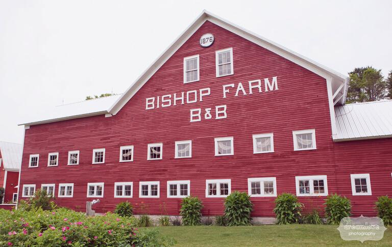 rustic-bishop-farm-nh-wedding-02