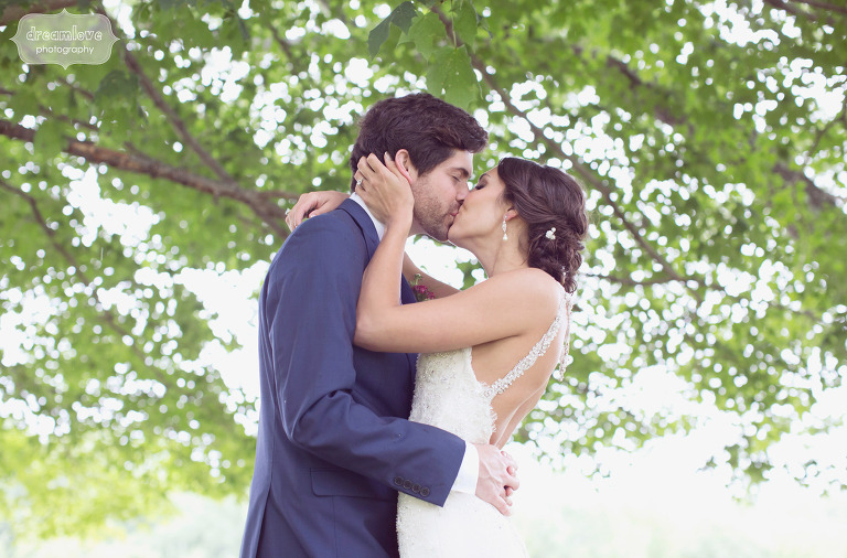 rustic-nh-wedding-photographer-31
