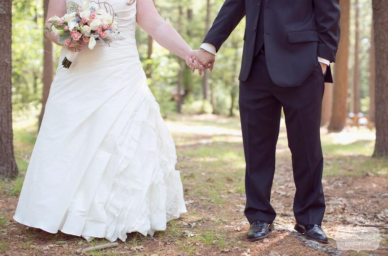 woodsy-camp-wedding-ma-05