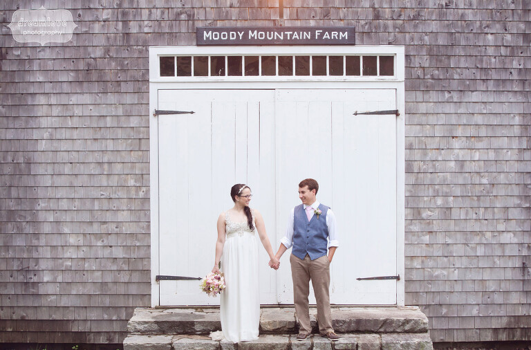 moody-mountain-farm-nh-wedding-12