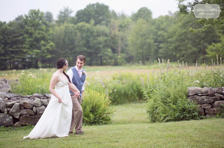 moody mountain farm gray barn wedding in wolfeboro nh