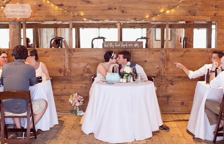 moody-mountain-farm-nh-wedding-50