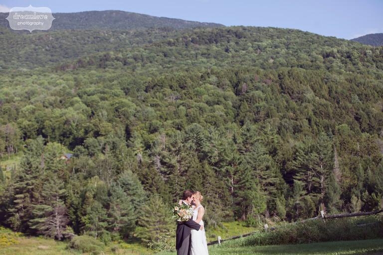 stowe-vt-rustic-wedding-42