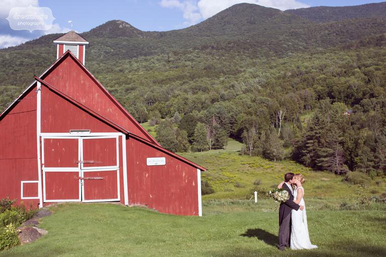 stowe-vt-rustic-wedding-43