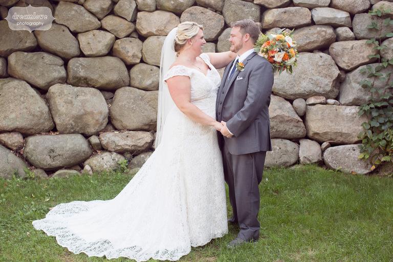 castle-manor-inn-ma-outdoor-wedding-19