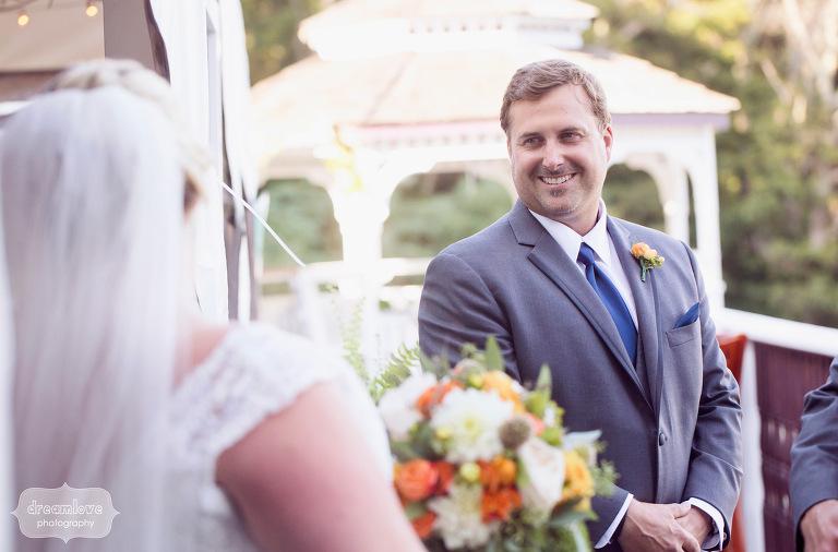 castle-manor-inn-ma-outdoor-wedding-42