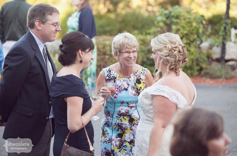 castle-manor-inn-ma-outdoor-wedding-55