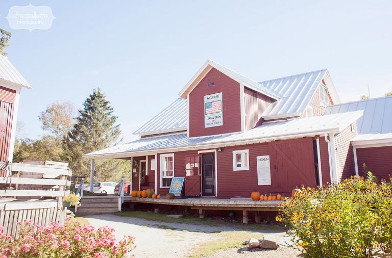 lareau-farm-vt-wedding-photos-19