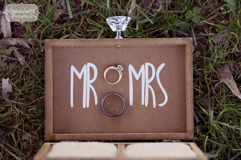Anthropologie style wedding ring box idea with Mr and Mrs painted inside of a wooden box.