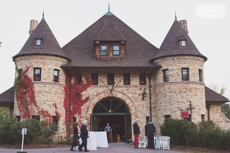 The Larz Anderson Auto Museum wedding venue looks like a historic chateau in Boston.