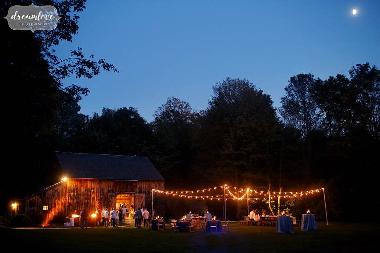 This magical barn venue is the perfect place for a relaxed wedding rehearsal dinner on the North Shore.