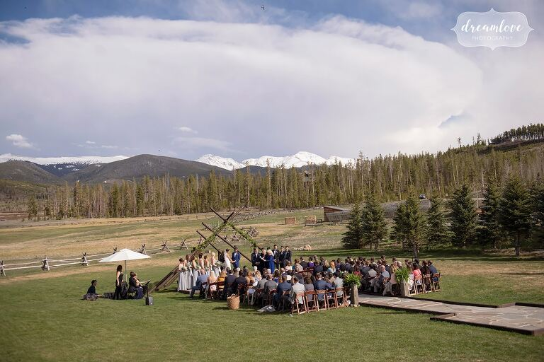 Beautiful outdoor ceremony space with mountains at Devil's Thumb.