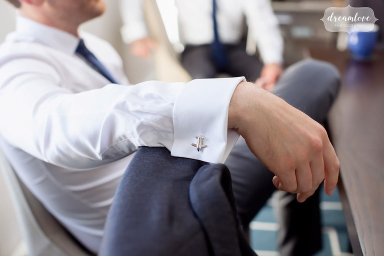 Airplane-silver-cufflinks-groom