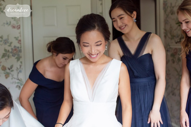 Bride getting ready for the day at the Bradley Estate.