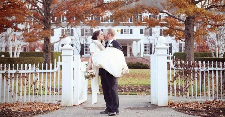 bride and groom at woodstock inn vt
